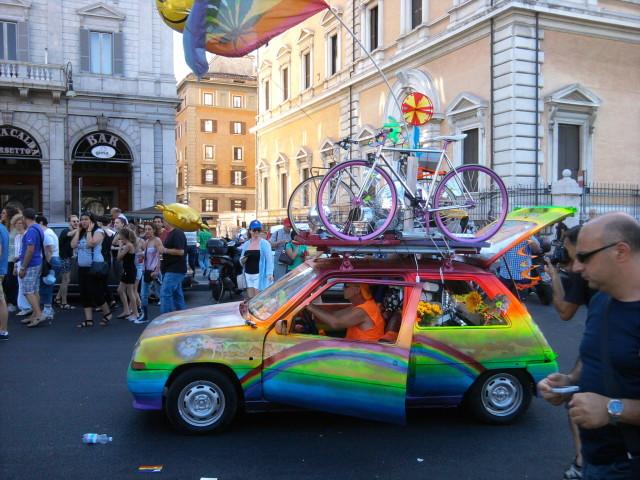 гей парад рим