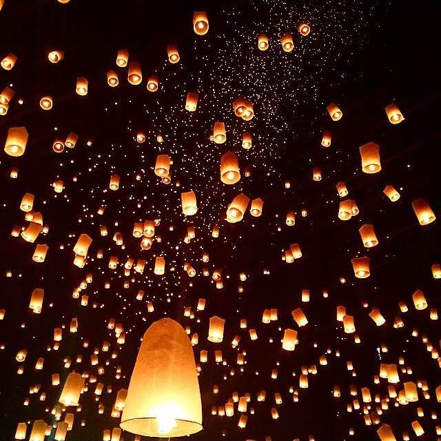 фестиваль фонарей чианг май